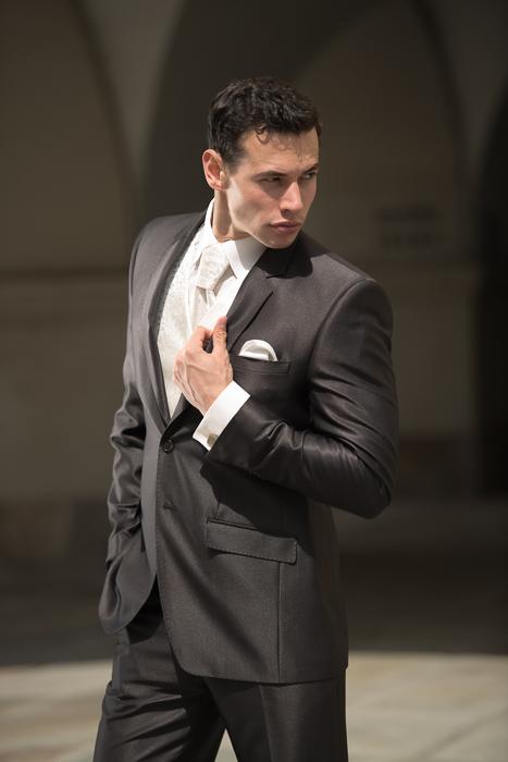 6e63fa75bd1 Jakou kravatu vybrat pro ženicha