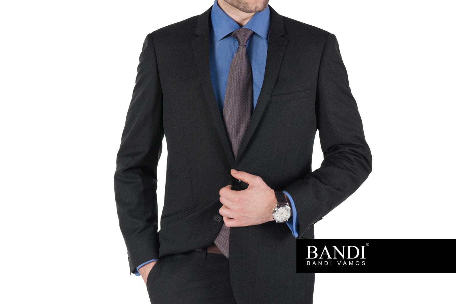 Vhodný oblek do zaměstnání – úvodní fotografie