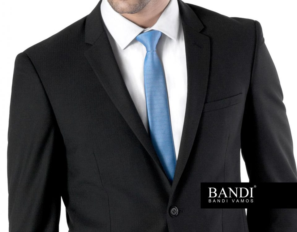 Pánský oblek u maturitní zkoušky