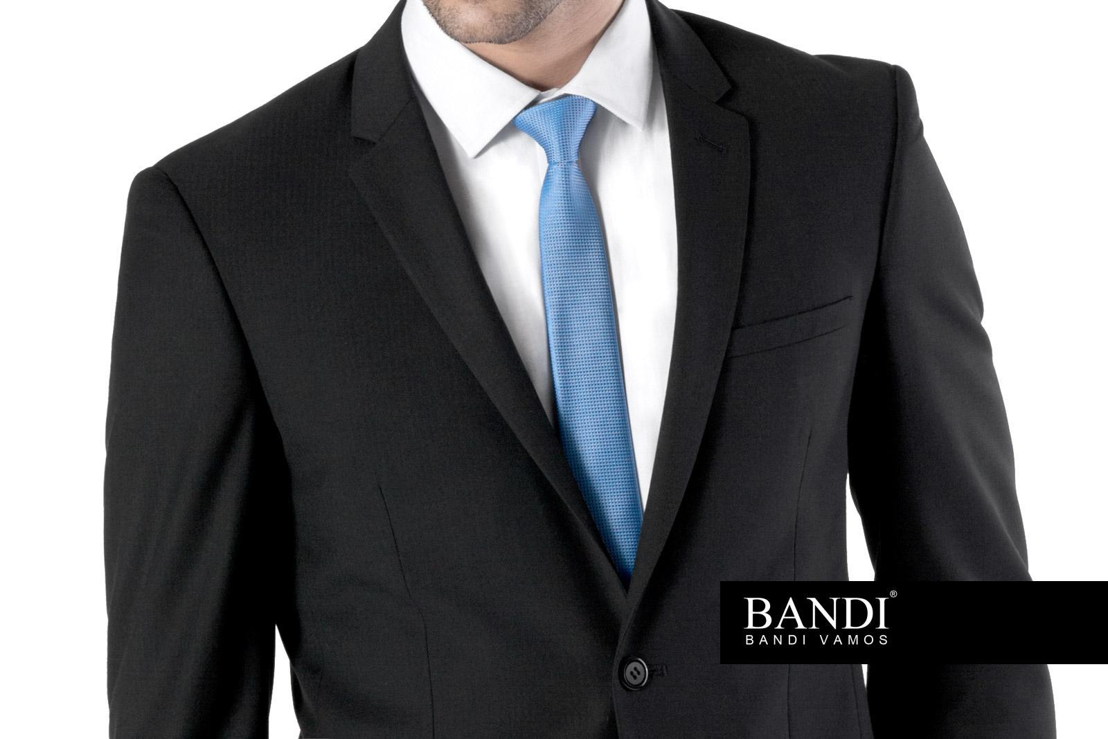 8850fb42974 Pánský oblek u maturitní zkoušky