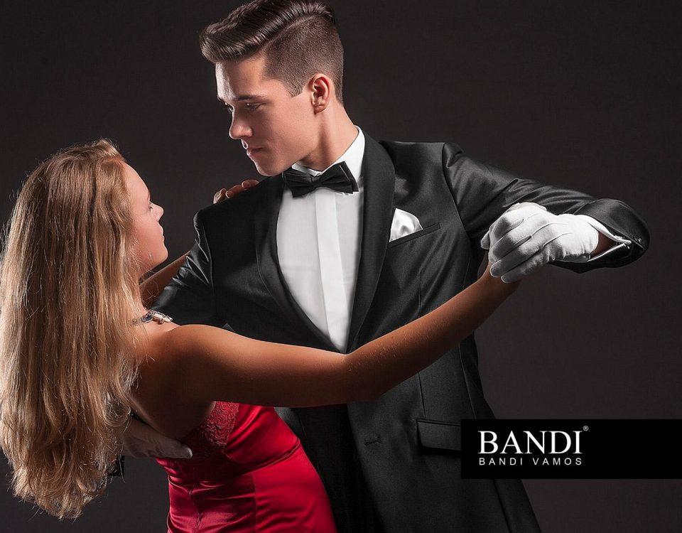 Jak se obléknout na ples – úvodní fotografie