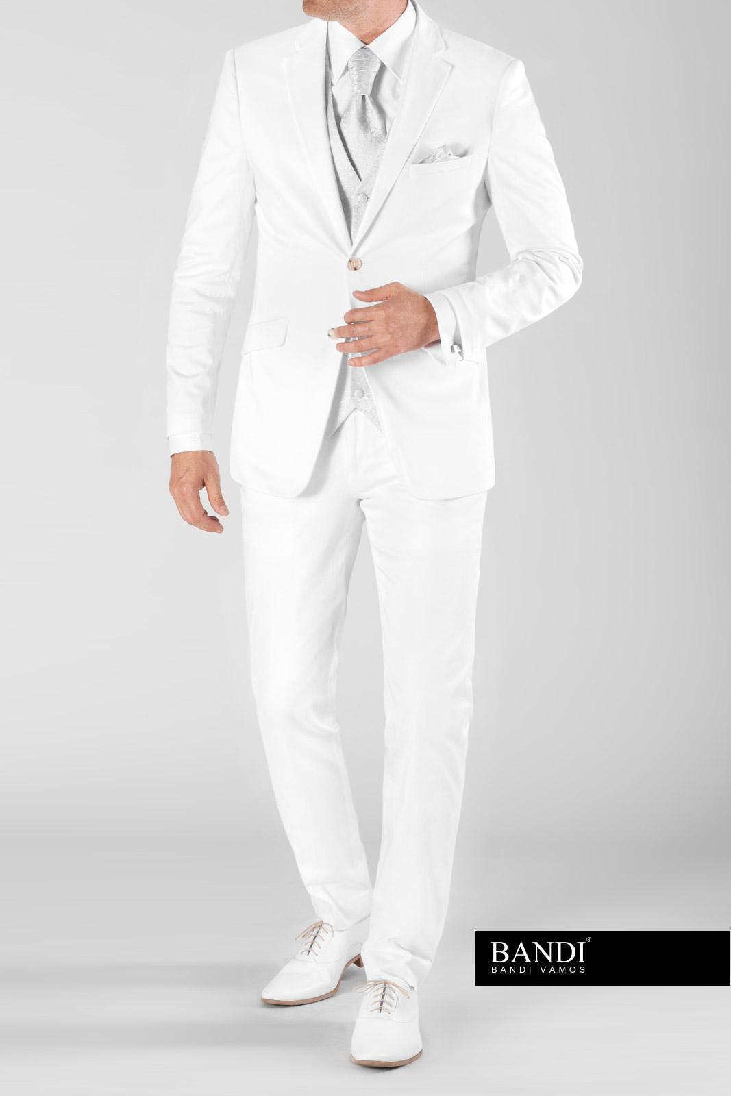 Bílý oblek pro ženicha